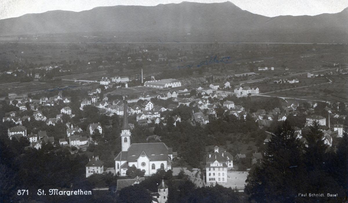 Kirche und Schulhaus Rosenberg